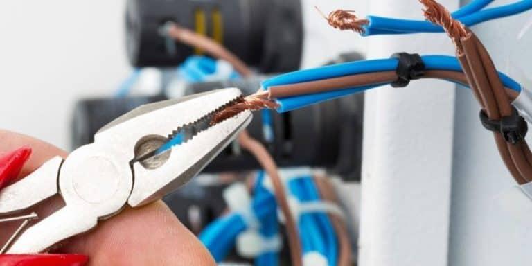 Электромонтажные работы в Туле — ⚡ замена электропроводки, цены