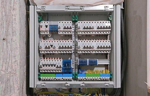 Монтаж и сборка электрощитов